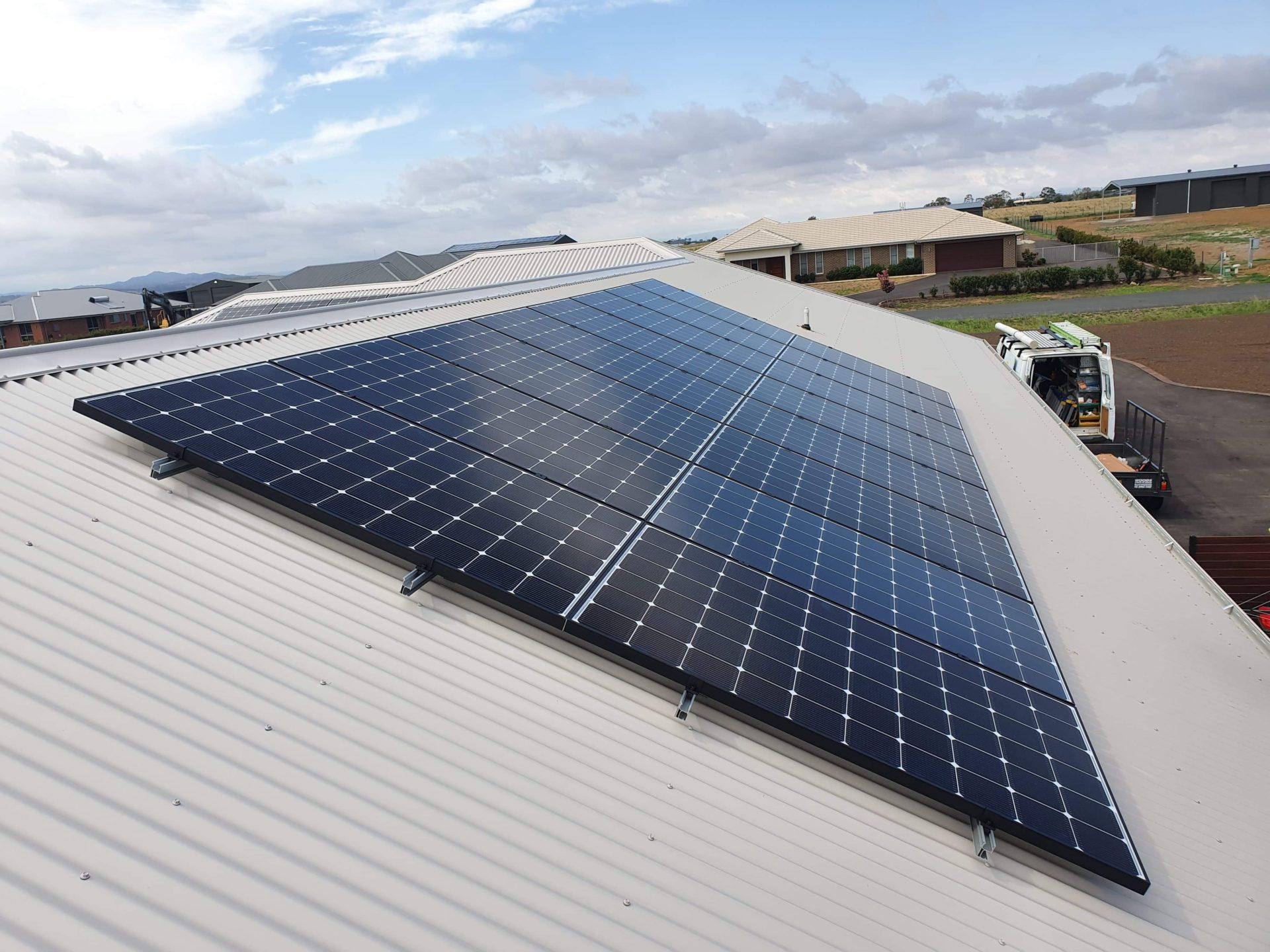 LG Panels Western Roof